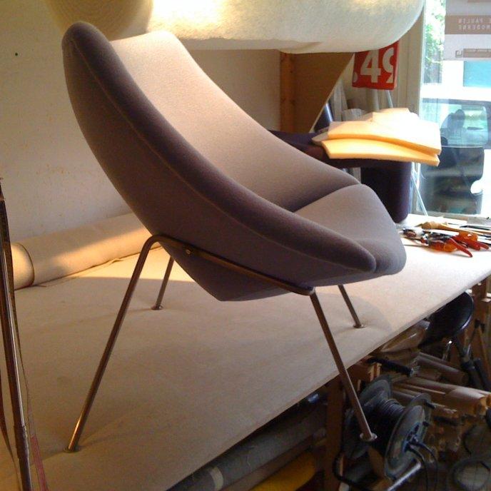 Petit fauteuil Oyster F156 - Carré Plein